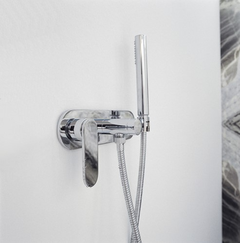 112081 112081 ONE 1-hendel inbouw douchemengkraan met 2 weg omstel en handdoucheset
